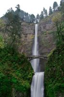 Multnomah Falls by guvnaguy
