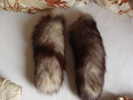 Pearl fox tail FOR SALE or TRADE by Lot1rthylacine