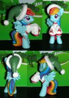 Christmas Rainbow Dash from My Little Pony by TianaTinuviel