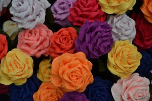 Paper roses by itabby