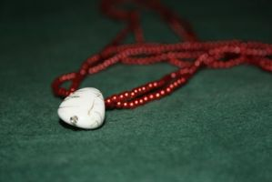 Burgundy bead necklace by moordred-fangirl