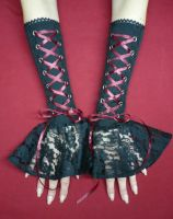 Vampire Gloves with Lace Frill by Estylissimo
