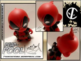 Deadpool micro munny by F1shcustoms