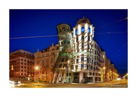 The dancing house..... by SteDreLa