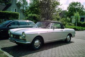 Peugeot 404 Convertible '67 by TLO-Photography