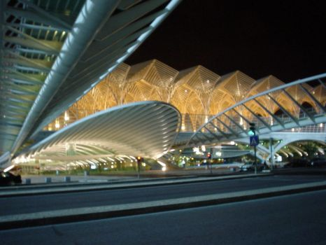 Gare do Oriente by bytoke