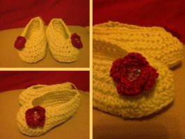 Baby slippers WIP by argentinian-queen