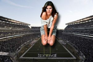 GIANTESS CARRIE FISHER AT EAGLES STADIUM by darthbriboy