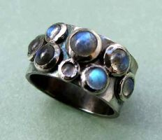 Labradorite ring by loopy-dloupe