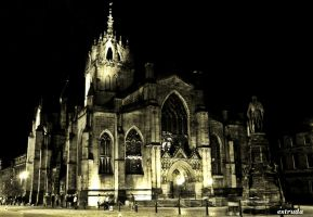 Cathederal Edinburgh by Estruda