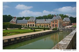 Vaux le vicomte by bracketting94