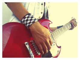 Me and my guitar.. by hEnRIcKDS