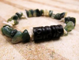 Green Agate Unisex Bohemian Bracelet by FantasyAlley