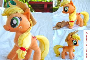 Applejack Plushie by dolphinwing