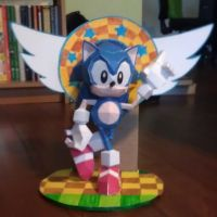 Classic Sonic-Papercraft by MESS-Anime-Artist
