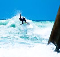 HB Surfing 1 by BertLePhoto