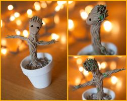 Dancing Baby Groot by HitchhikersGuide101