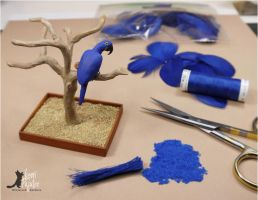 WIP Miniature Hyacinth Macaw sculpture by Pajutee