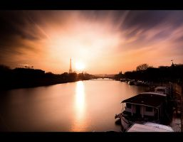 paris sunset by LeMex
