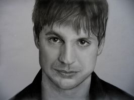 Gale Harold by Paranoid-Universe