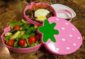 Sukiyaki Strawberry Bento by Demi-Plum