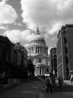 London - St. Paul's Cathedral by gilrean-vardamir