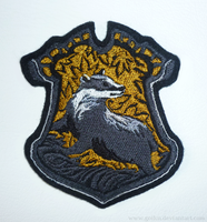 Patch commission: HP Hufflepuff crest by goiku