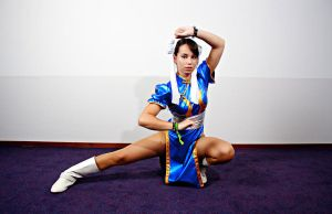 Chun-Li Fighting Pose by Ichigo-Kuro