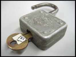 Lock and Key by cylan