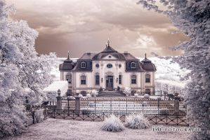 Dornburg Castle III by blackdaddy