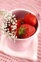 Strawberries.. by Manso0n