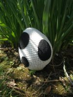 Crocheted Black Yoshi Egg by aphid777