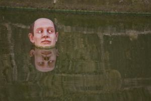 Installation d'Isaac Cordal 06 by Jules171
