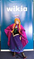 C2E2: Anna Cosplay by MomoKurumi