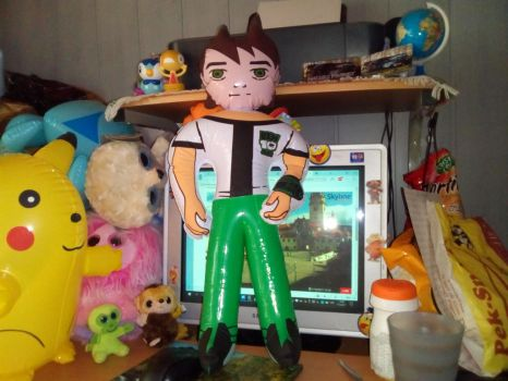 My Inflatable Ben 10 Toy by PoKeMoNosterfanZG