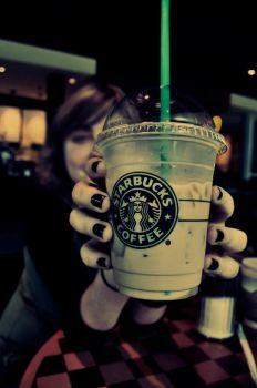 I love starbucks. by kasilein