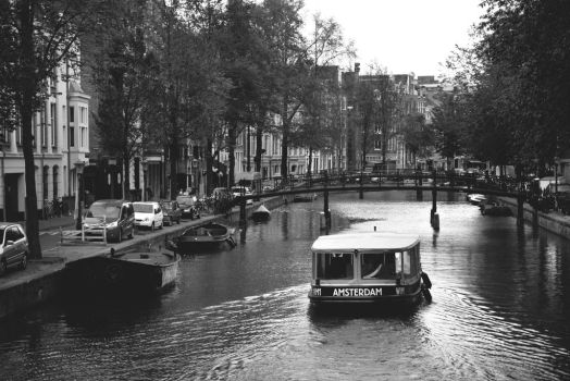 Welcome to Amsterdam by MaddyInVisibLe