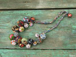 Multicolor textile necklace by TildaSFelt