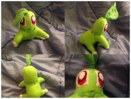Chikorita plush by SmuggleMuffin