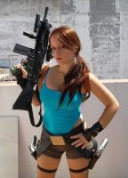 Lara Croft cosplay by Val-Raiseth