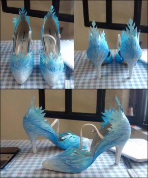 Elsa Shoes by RosaliHatsuneArt