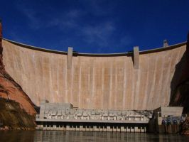 Glen Canyon Dam by draconis42