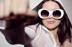 Kendall-Jenner-introduces-new-collection-of-Estee- by svaishali837