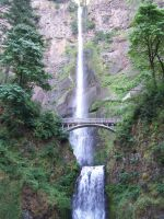 Multnomah Falls by DNagele