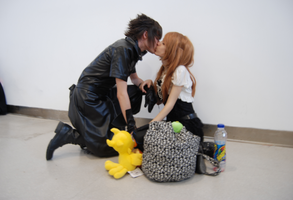 Noctis and Stella kissing by Hellsea