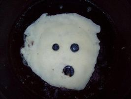 Creepy pancake by Andein