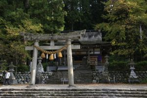 L: The Furude Shrine by cplcrud