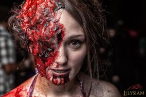 Zombie - She can smell you. by Lizzie5115