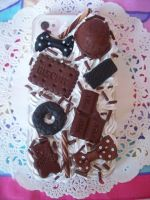 Chocolate Iphone 4 Decoden Case by lessthan3chrissy