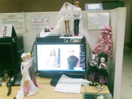 My workspace at the Office by seawaterwitch